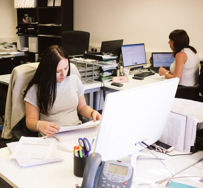 office-with-2-women-sat-at-desks